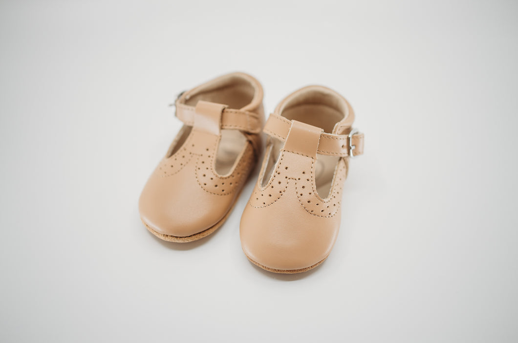 Poppy T-Bar Honey - Soft Sole