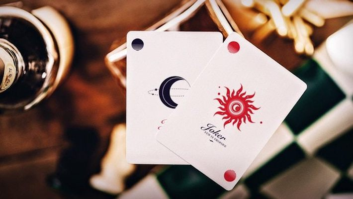 Helius Sun Playing Cards - Classic - 52 Wonders Playing Cards Spielkarten Bicycle Fontaine Anyone Orbit Butterfly