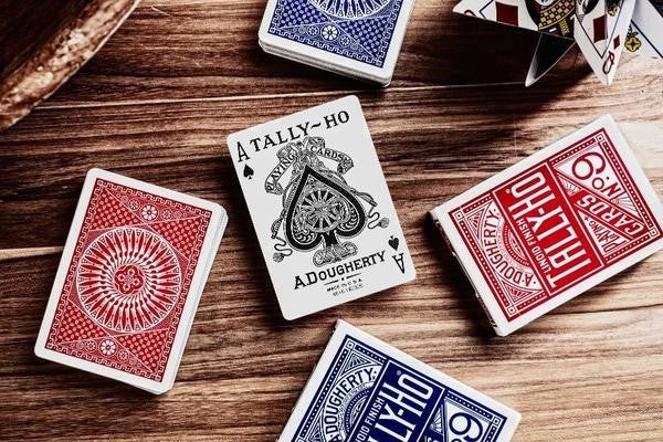 Tally Ho Playing Cards - Circle Back - 52 Wonders Playing Cards Spielkarten Bicycle Fontaine Anyone Orbit Butterfly