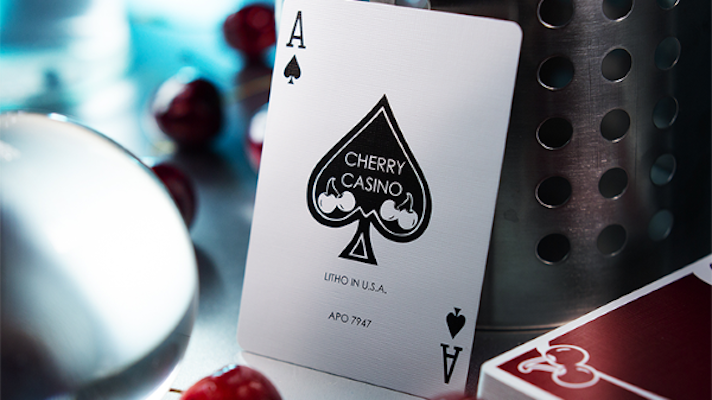 Cherry Casino Playing Cards - Reno Red - 52 Wonders Playing Cards Spielkarten Bicycle Fontaine Anyone Orbit Butterfly