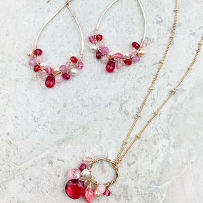 riby and pink jewelry set