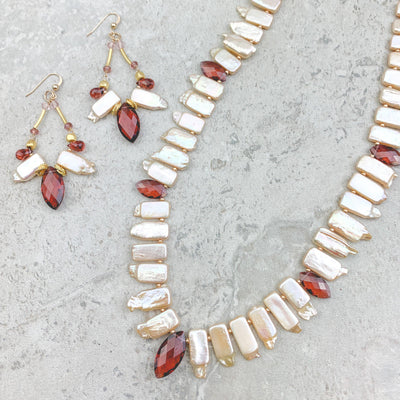 peaels and marsala quartz set