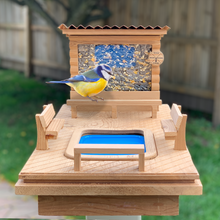 Load image into Gallery viewer, Bird Resort