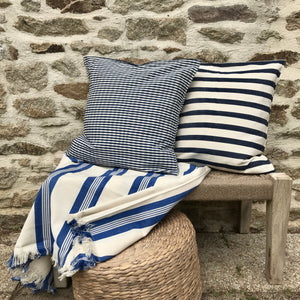 Coussin rayures bleues