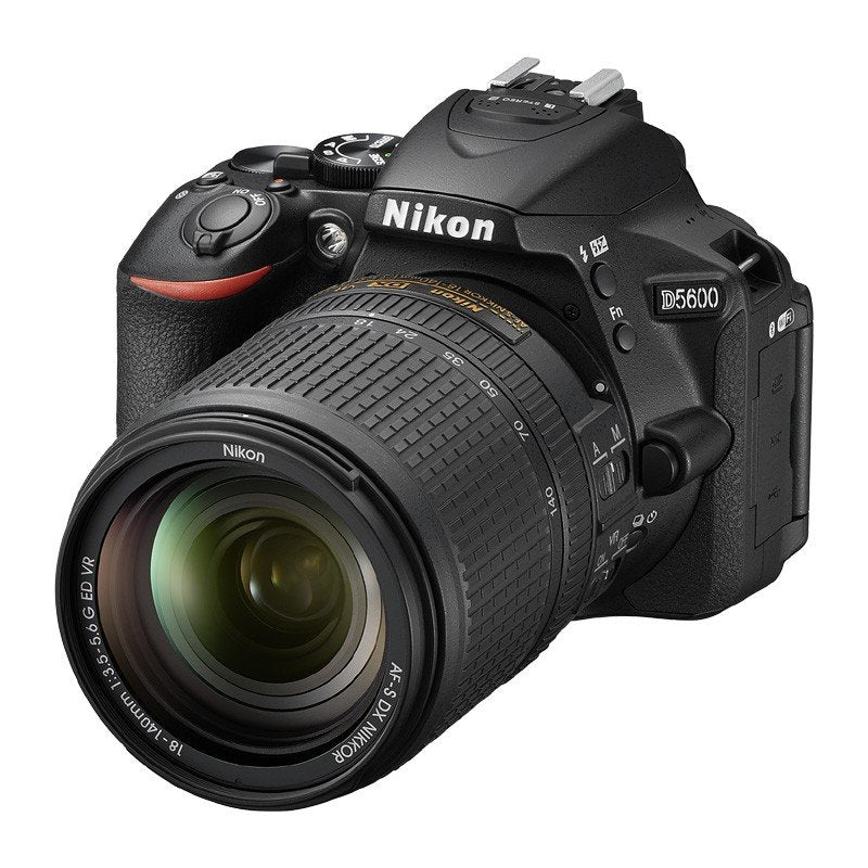 NIKON D5600 KIT AF-S DX 18-140 MM VR