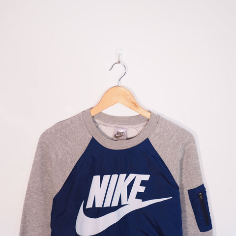 Nike Sweatshirt Blue Small