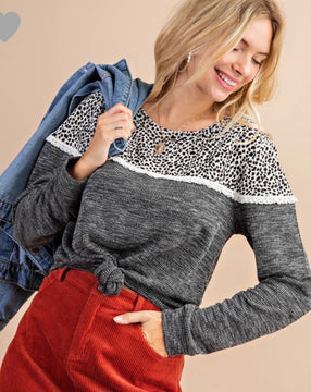 Grey spotted top