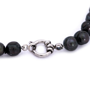 Hazel & Marie: Cultured Pearl bracelet large black pearls with clasp