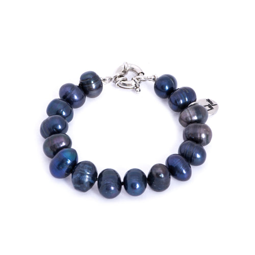 Hazel & Marie: Cultured Pearl bracelet large navy blue