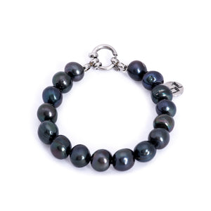 Hazel & Marie: Cultured Pearl bracelet large black pearls