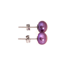 Load image into Gallery viewer, Pearl studs, pearl earrings, natural, navy blue pearls, bridesmaid gifts, bat mitzvah, J Crew, Mikimoto, natural pearls, dyed pearls, colored pearls