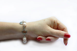 Hazel & Marie: Cultured Pearl bracelet large in natural pearls
