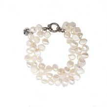 Load image into Gallery viewer, Hazel & Marie: Cultured Pearl bracelet twisted in natural color