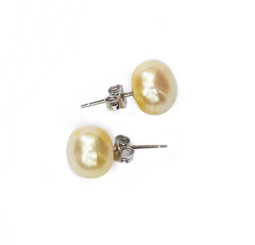 Hazel & Marie: Cultured Pearl large stud earrings in lemonade