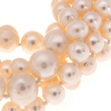 Load image into Gallery viewer, Hazel & Marie: Zoom Cultured Pearl necklace twisted in natural color