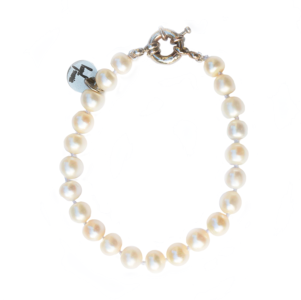 Traditional Pearl Bracelet