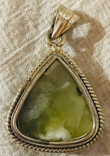 Load image into Gallery viewer, Green Moss Agate Pendate