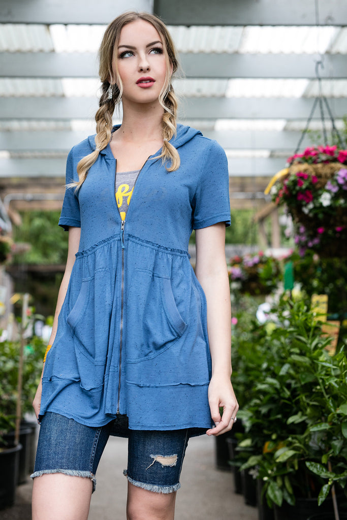 The Short Sleeve Alisha in Niagara Blue