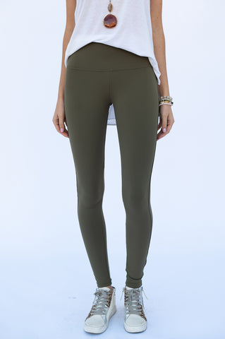 The Leggings in Olive