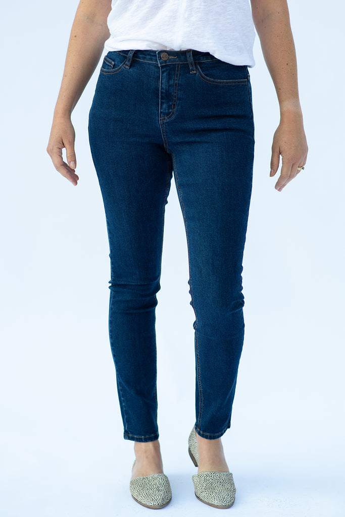 The Premium Denim Skinny in Dark Wash