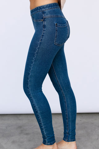 The Skinny in Denim (Medium Wash)
