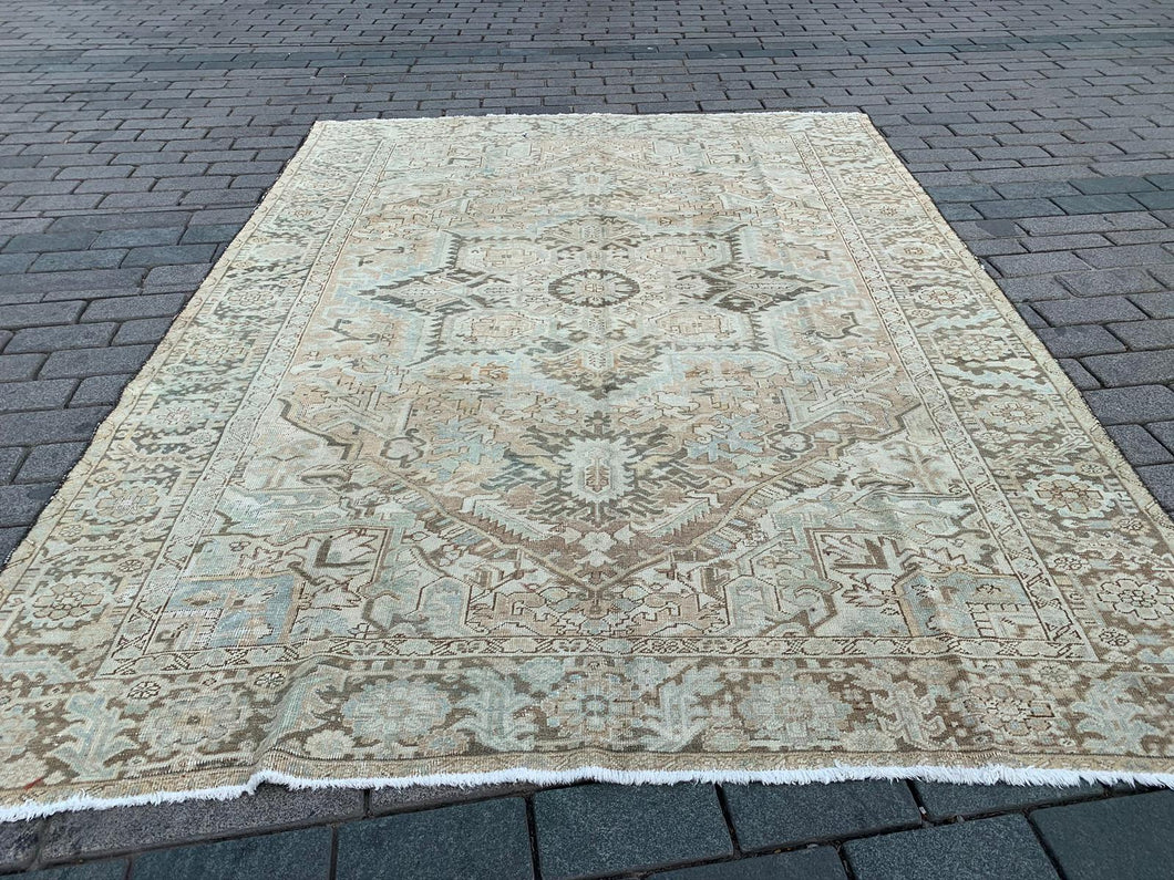 Semi Antique Persian Heriz Rug 8.5'x11.7'