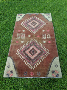 Vintage Turkish Rug 3.8'x6.6'