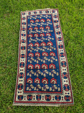 Load image into Gallery viewer, Small Vintage Turkish Runner