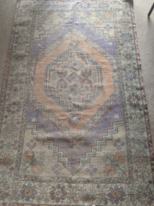 Vintage Turkish Rug 3.5'x5.8'