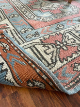 Load image into Gallery viewer, Vintage Turkish Sultanhani Rug 7'x9'8""