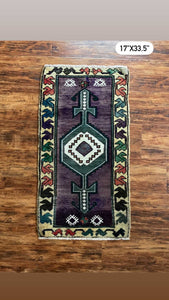 "Vintage Turkish Yastik Rug 17""x33.5"""