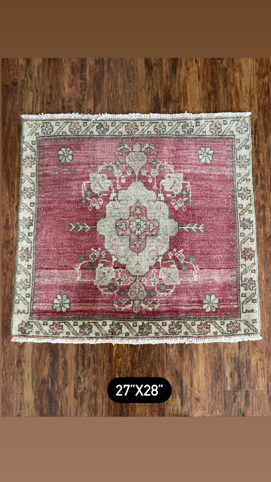 "Vintage Turkish Yastik Rug 27""x28"""