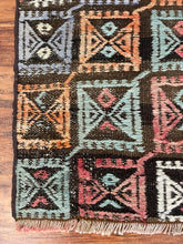Load image into Gallery viewer, Kilim Wool Runner 1.11' x7'
