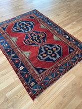 Load image into Gallery viewer, Vintage Caucasian Rug 5.5'x7.2'