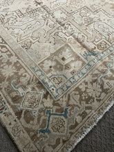 Load image into Gallery viewer, Semi Antique Persian Heriz Rug 9'x12'