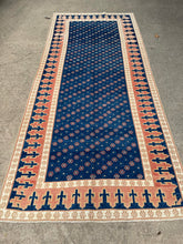 Load image into Gallery viewer, Vintage Turkish Runner 4.6'x10.5'