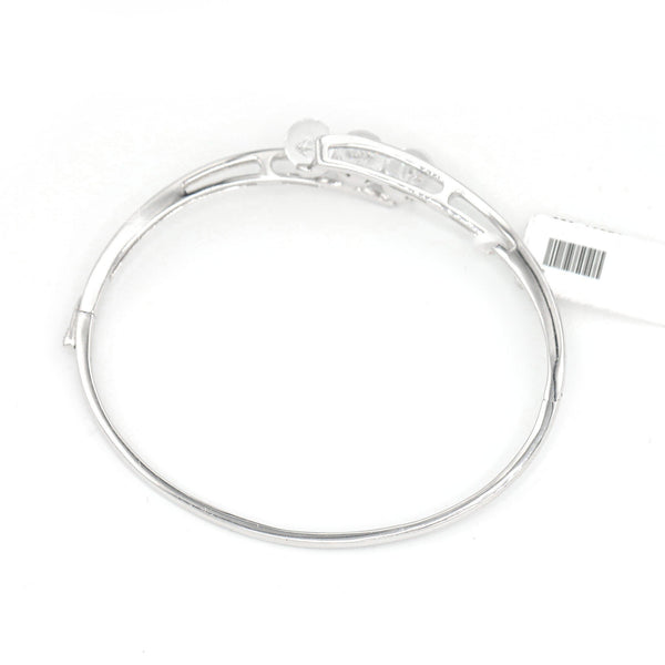 Diamond Bypass Bangle Bracelet In 14 karat White Gold ( 0.30ct dtw )