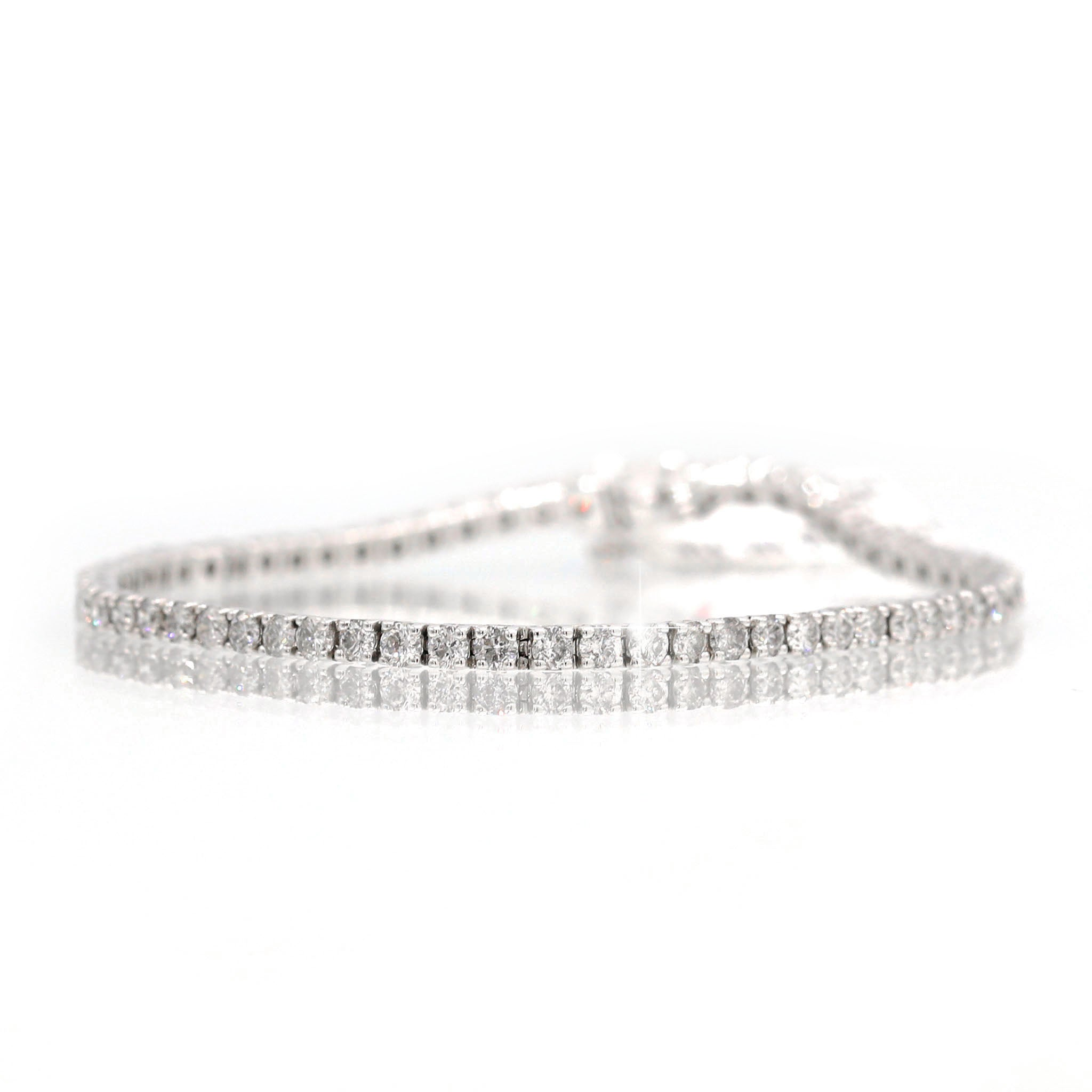 Dazzling 14K White Gold Round Diamond Line Bracelet (4.00ct Carat Diamond Weight)