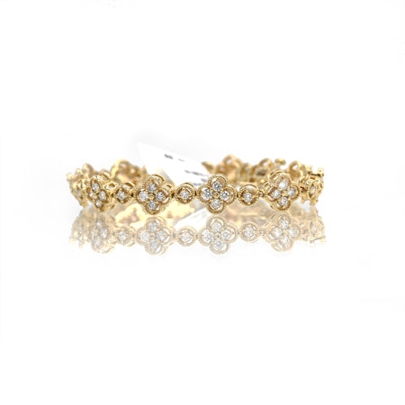 Wonderful 14K Yellow Gold Clover Diamond Bracelet (3.00ct Total Diamond Weight)