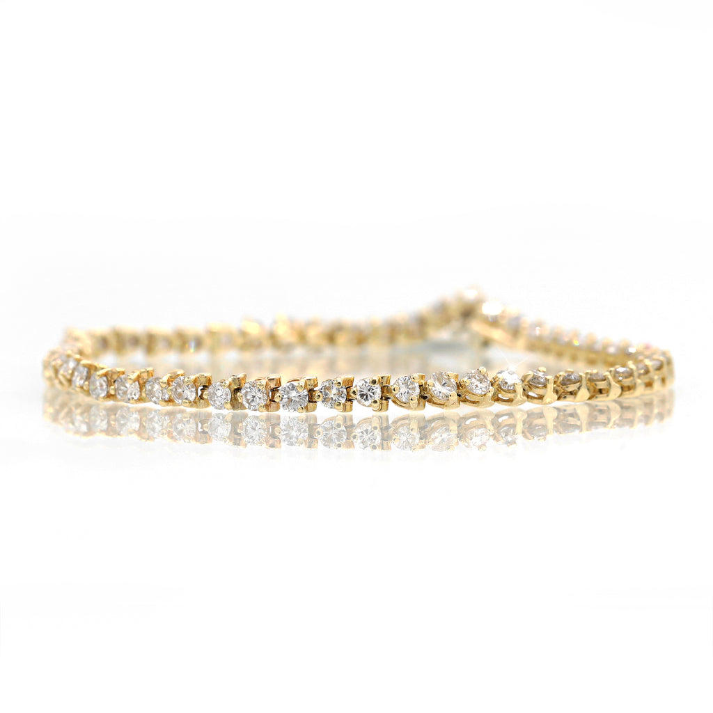 Breathtaking 14K Yellow Gold Round Cut Diamond Bracelet (4.00ct Carat Diamond Weight)