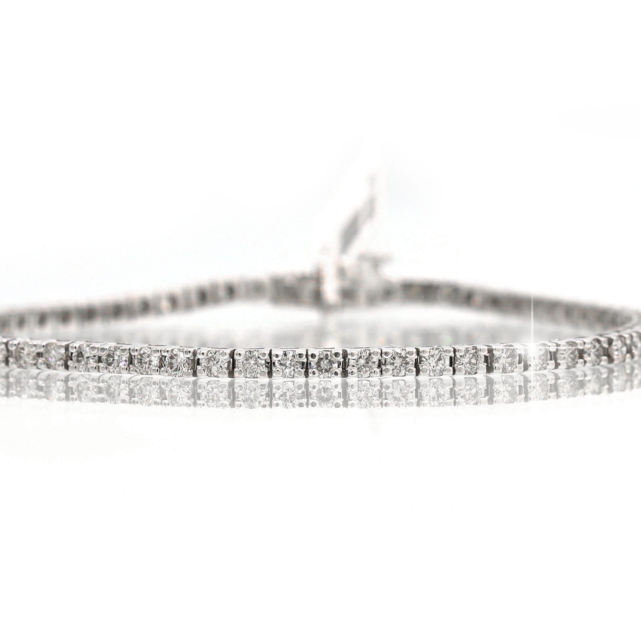 Incredible 14K White Gold Round Cut Diamond Line Bracelet (3.00ct Carat Diamond Weight)