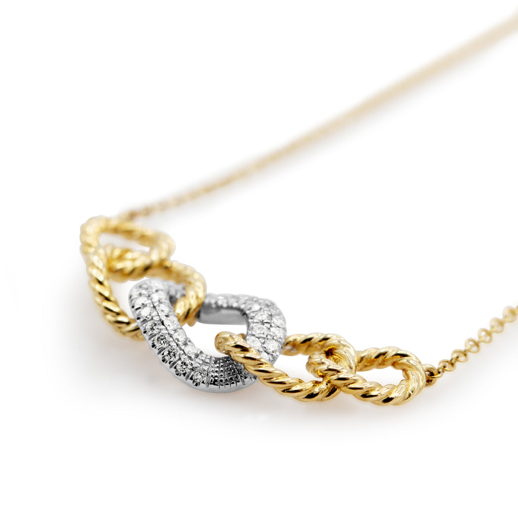 Ravishing 14K Yellow Gold Diamond Chain Link Necklace with 17.5