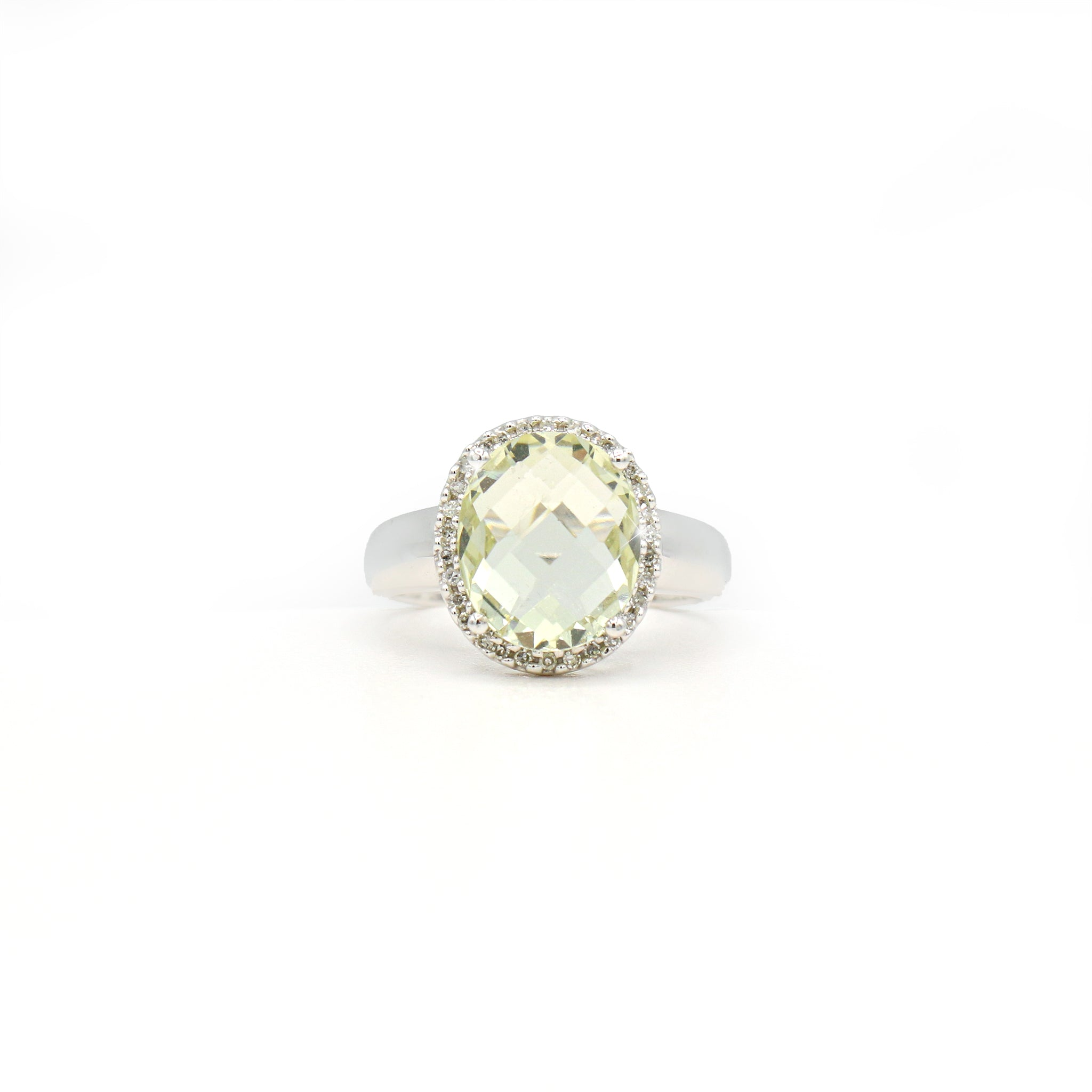 Enticing 14K White Gold Oval Lemon Quartz Diamond Ring (0.13ct Carat Diamond Weight)
