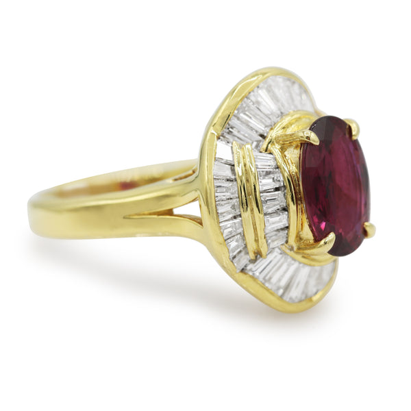 Diamond And Ruby Ring In 18 Karat Yellow Gold
