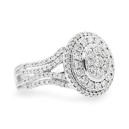 Amazing 10K Gold Diamond Cluster Halo Ring (1.00ct Carat Diamond Weight)