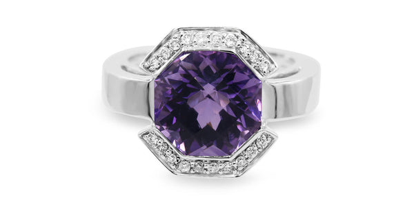 Diamond & Amethyst Halo Ring in 14 Karat White Gold ( 4.39ct tw/ Amy  / 0.18ct dtw )