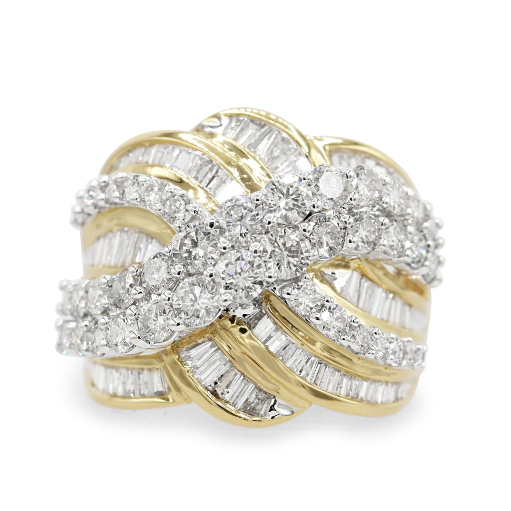 Elegant 10K Yellow Gold Cluster Ring (3.05ct Diamond Carat Weight)