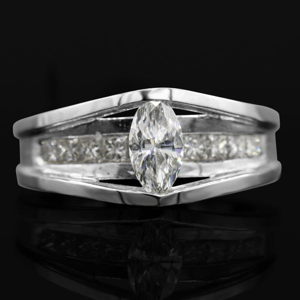 Diamond Marquise Cut Ring In 14 Karat White Gold ( 1.01ct dtw )