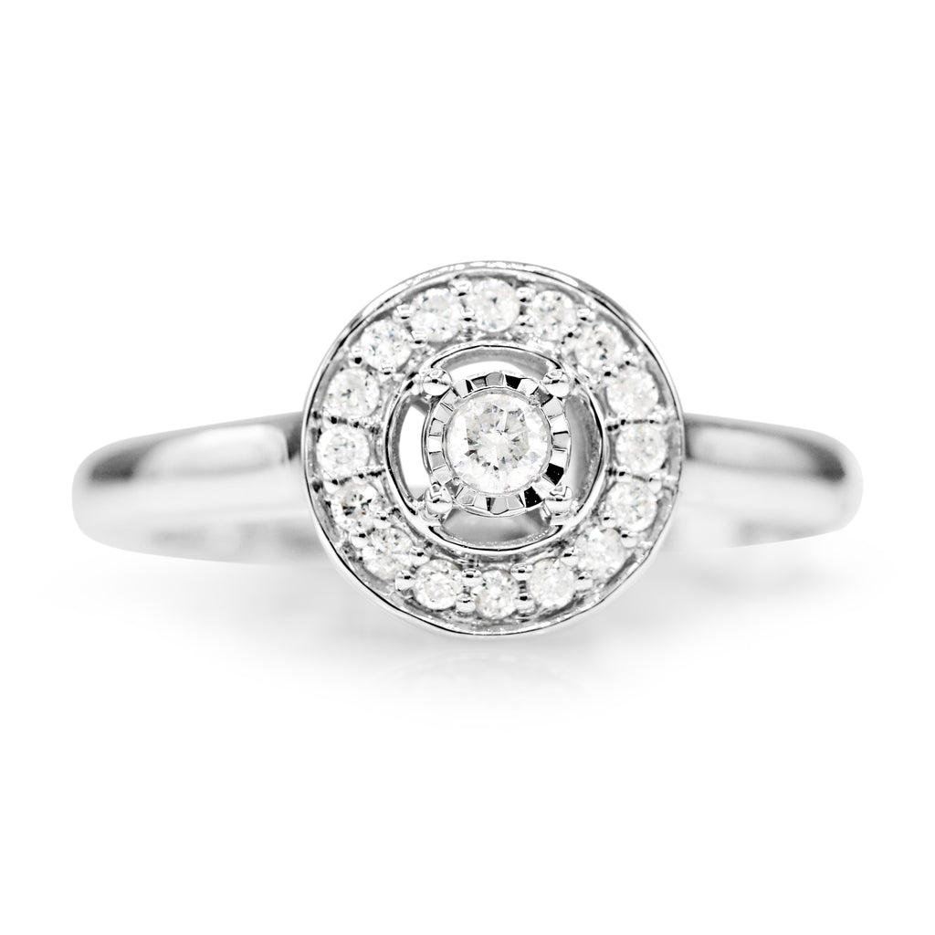 Glamorous 10K White Gold Round Brilliant Cut Halo Cluster Diamond Ring