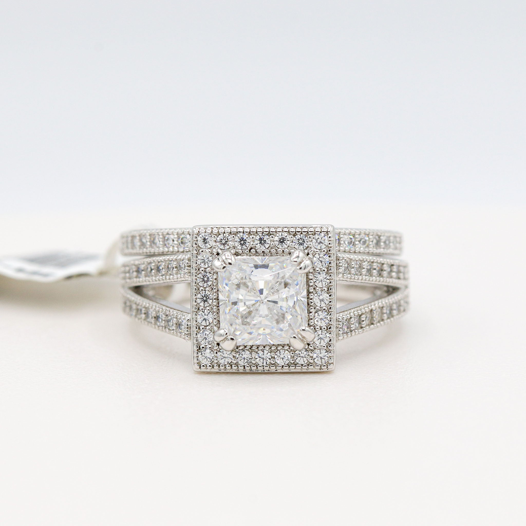 Pleasing Lafonn Sterling Silver Bonded in Platinum Bridal Ring Set (2.52ct Simulated Diamonds)